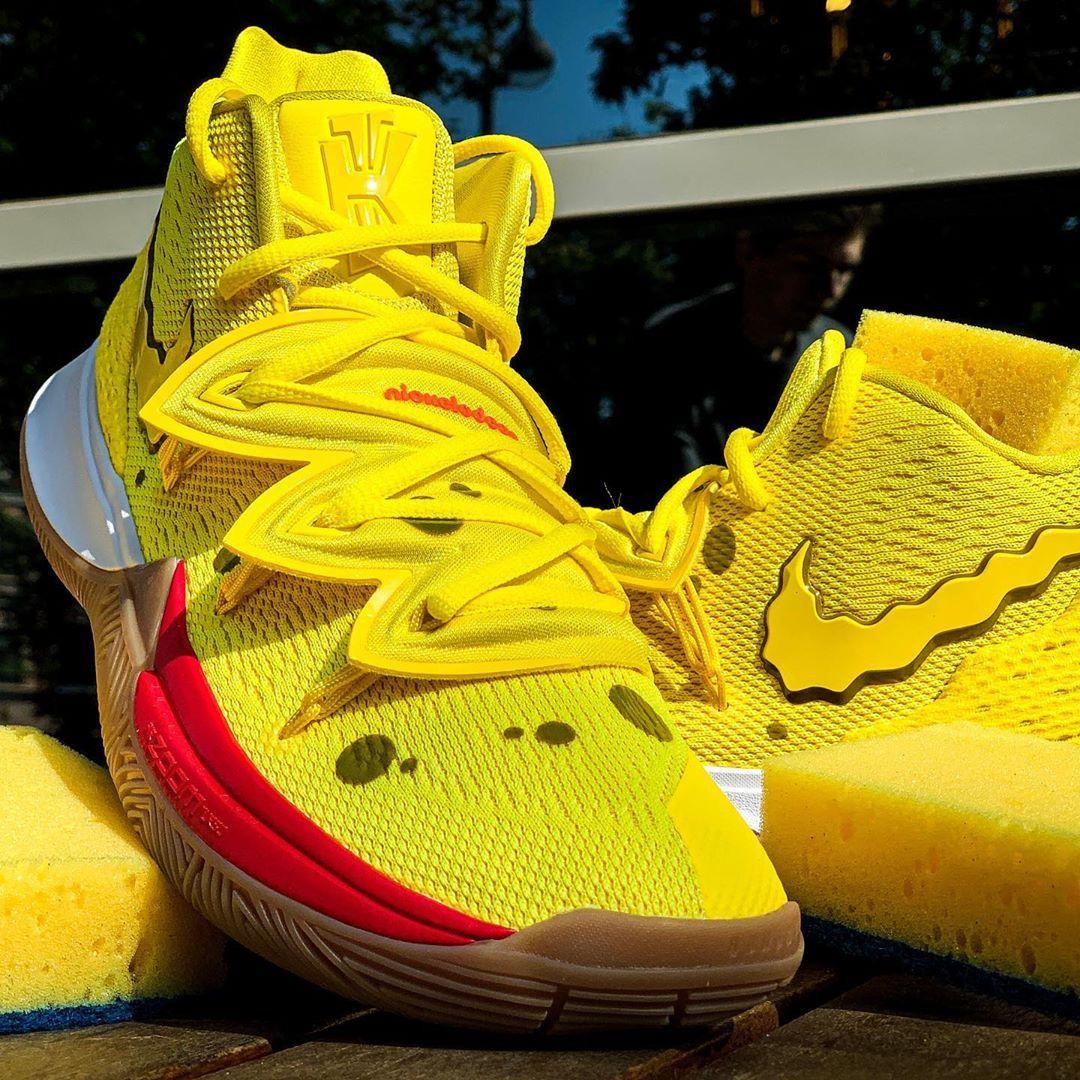 Kyrie 5 Spongebob Squarepants In 2020 Nike Casual Shoes Nike Fashion Shoes Sneakers Fashion