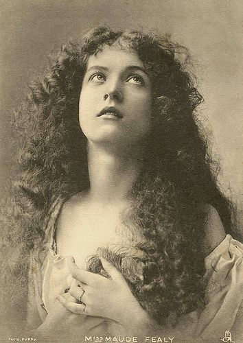 Maude Fealy by J. Schloss, 1900′s. | Victorian photography