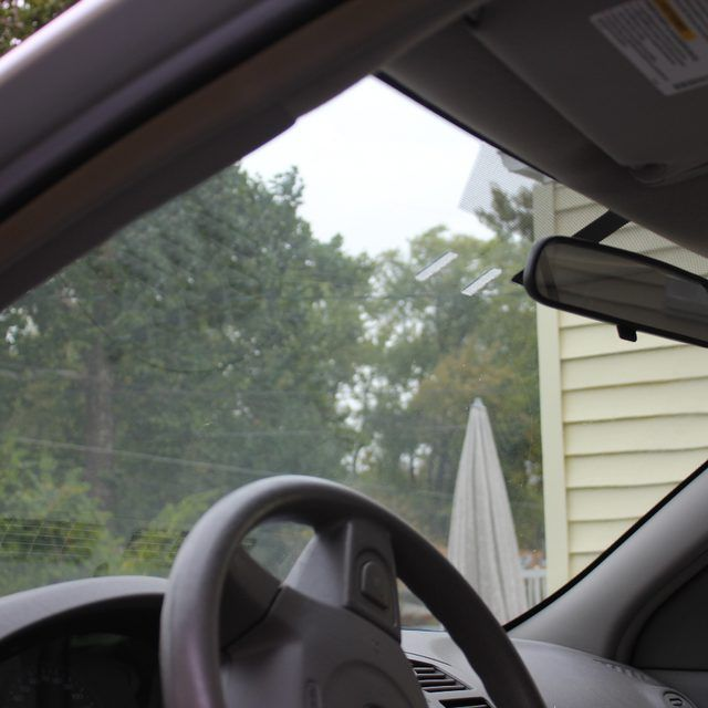 best way to clean the inside of car windshield household tips rh pinterest ie
