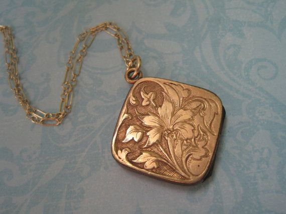 Antique Rose Gold Locket Fl Design