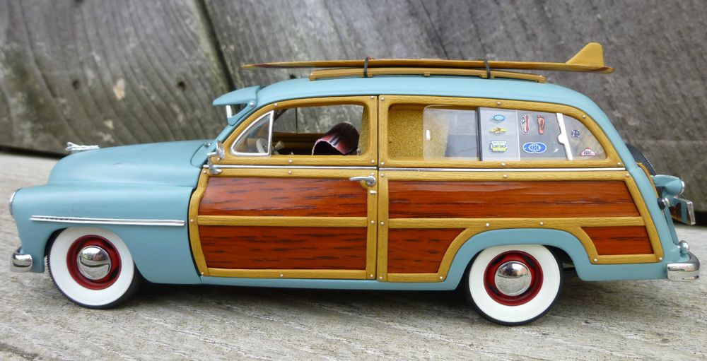 Woody car surf