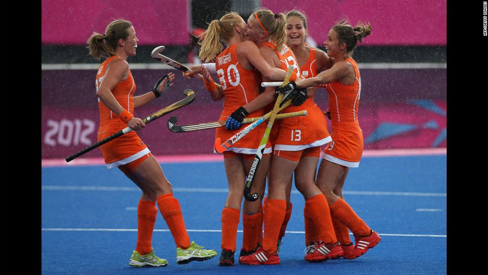Day 2 The Best Photos Of The Olympics Womens Field Hockey Sports Women Field Hockey