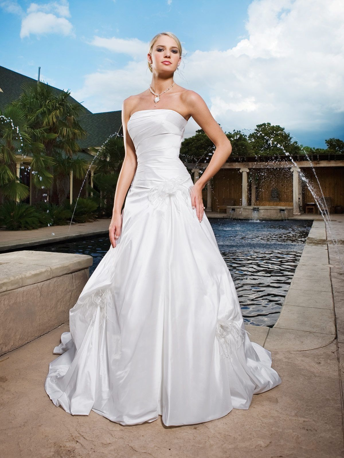 Kathy Ireland For Mon Cheri Wedding Dresses Style E231033s