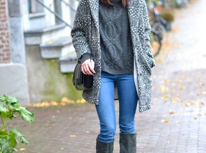 outfit-grey-sweater-coat-blue-jeans-710x529.jpg 710×529 píxeles ...