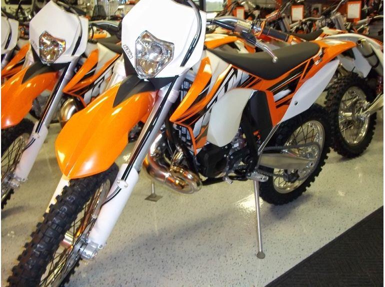 2013 Ktm 200 Xc W Google Search Ktm Moto Bike Ktm Motocross