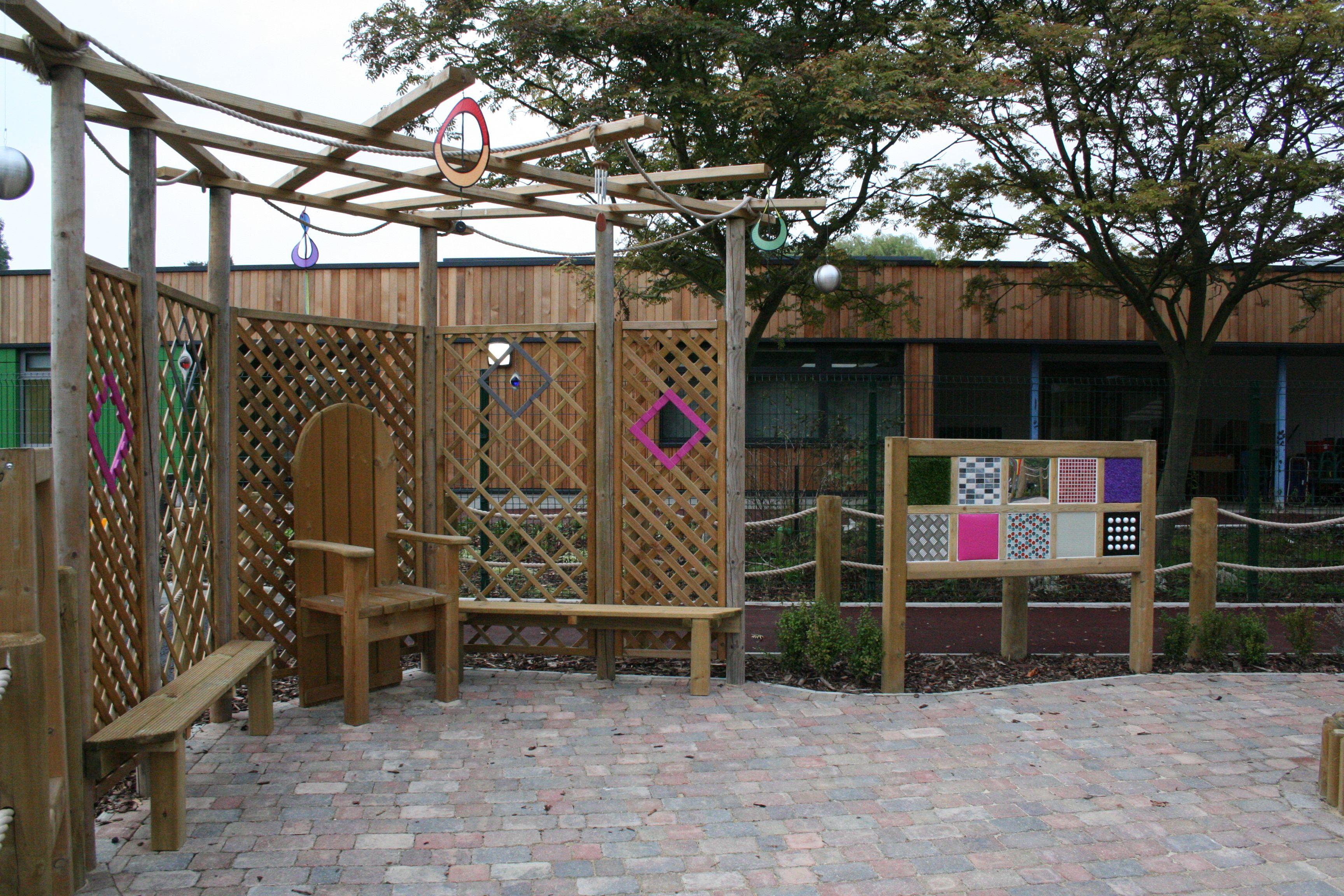 Willowdene School   Sensory garden, Schools in london ...