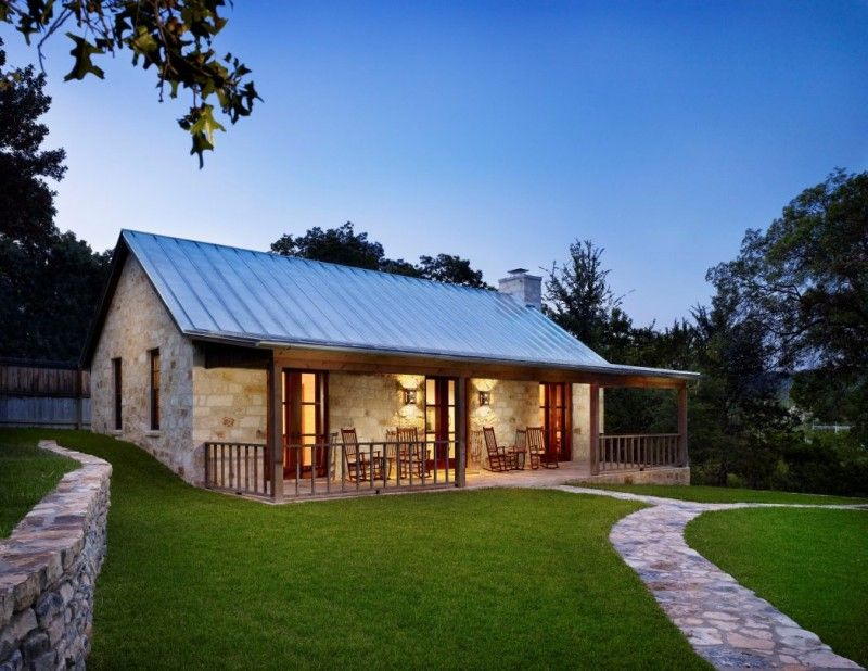 Small And Simple Texas Hill Country Ranch Home Plan With Large Green Yard And Long Verand Modern Farmhouse Exterior House Plans Farmhouse Stone Exterior Houses