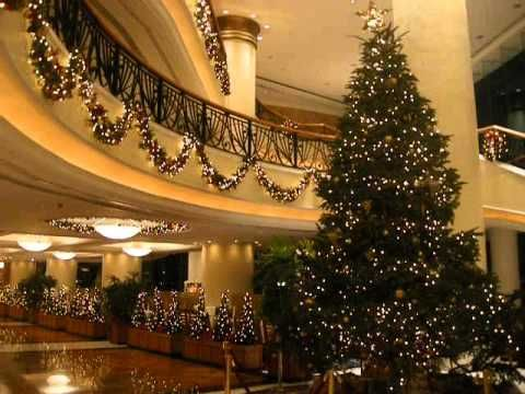 christmas decoration at luxury hotel harbour grand kowloon hong kong http wwwchristmas newyearcom