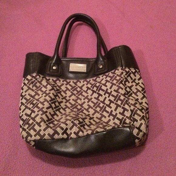 Tommy Hilfiger bag Tommy Hilfiger bag with H design and zippers inside bag . Tommy Hilfiger Bags Satchels