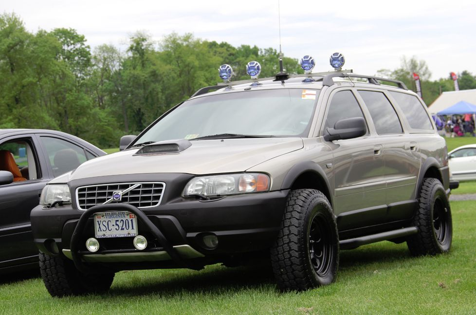 Xc70 Set For Backcountry Action Spotted At Carlisle 2013 Event Volvo Xc Volvo Cars Volvo Wagon