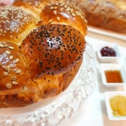 Homemade Bread (Kind Of Challah) by improvisingfood