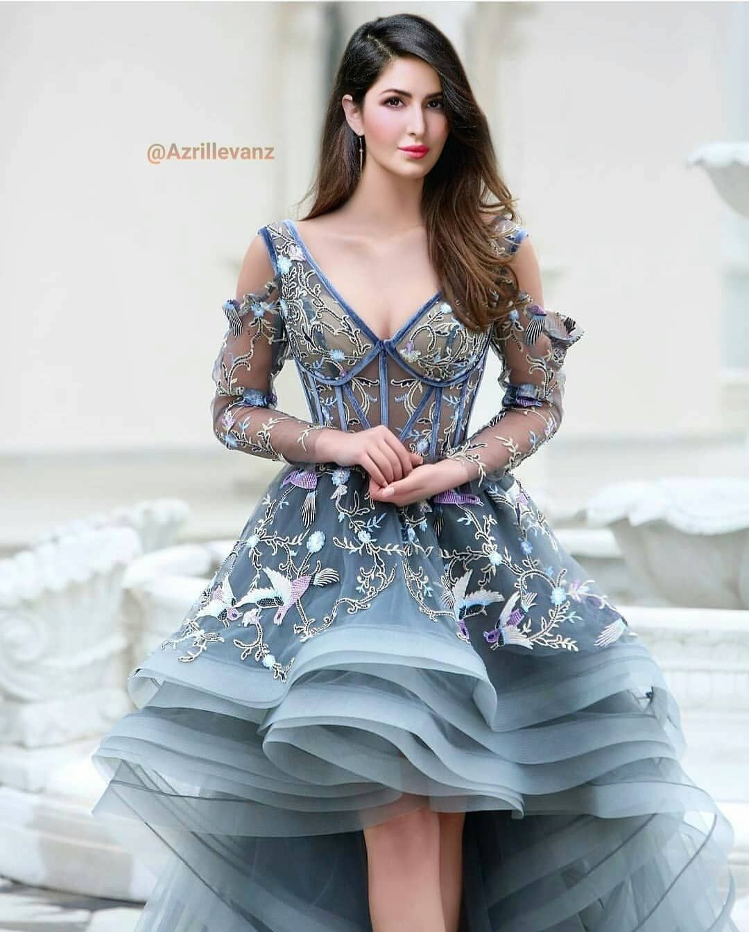Queen In The Word Katrinakaif Katrina Kaif Photo Gorgeous Dresses Dresses