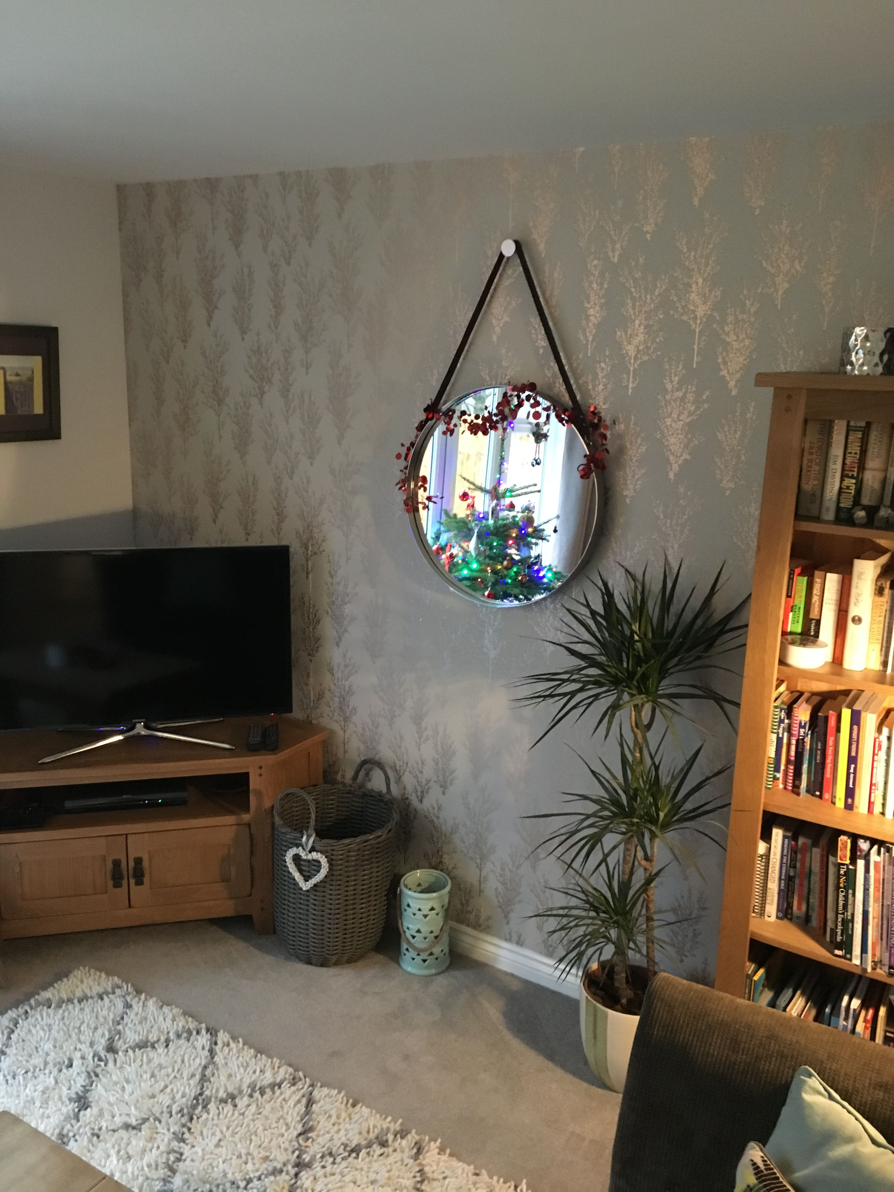 Cosy Living Room With Grey And Rose Gold Wallpaper Cosy Living Room Living Room Home Decor