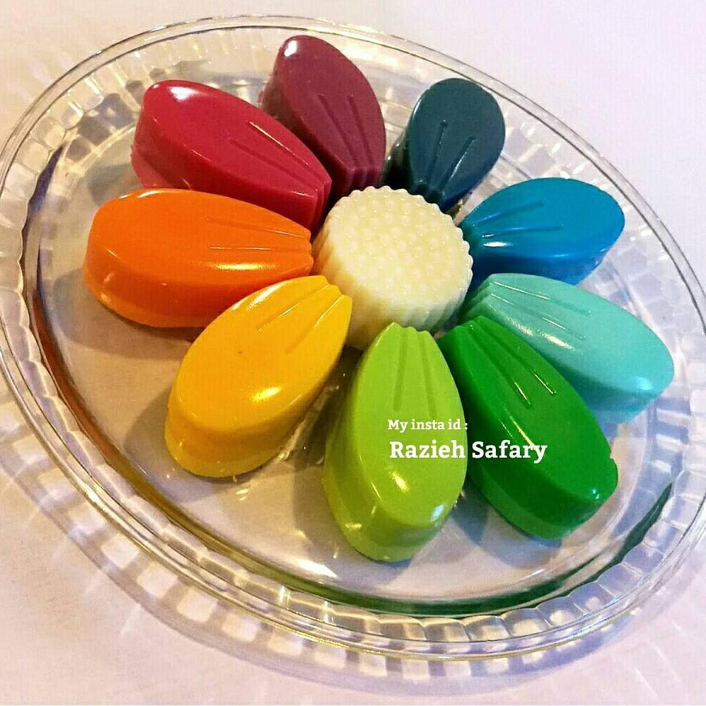 Rainbow Jello Pannacotta Safron Dessertsژله رنگین کمان دسر زعفرانی ژله بستنی راضیه صفری طرز تهیه در پیج اینستاگرام Delicious Cake Cookies Food