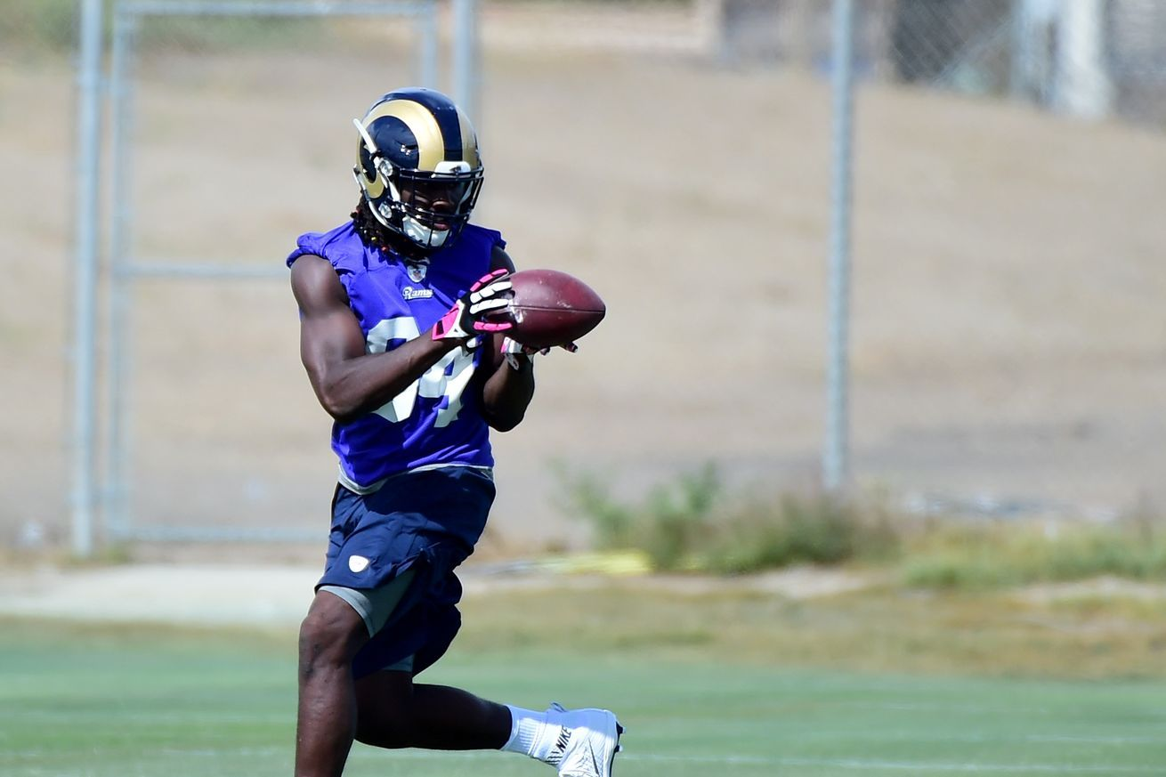 2016 Rams Roster Te Temarrick Hemingway Was Drafted Out Of South Carolina State University Los Angeles Rams South Carolina Fayetteville State