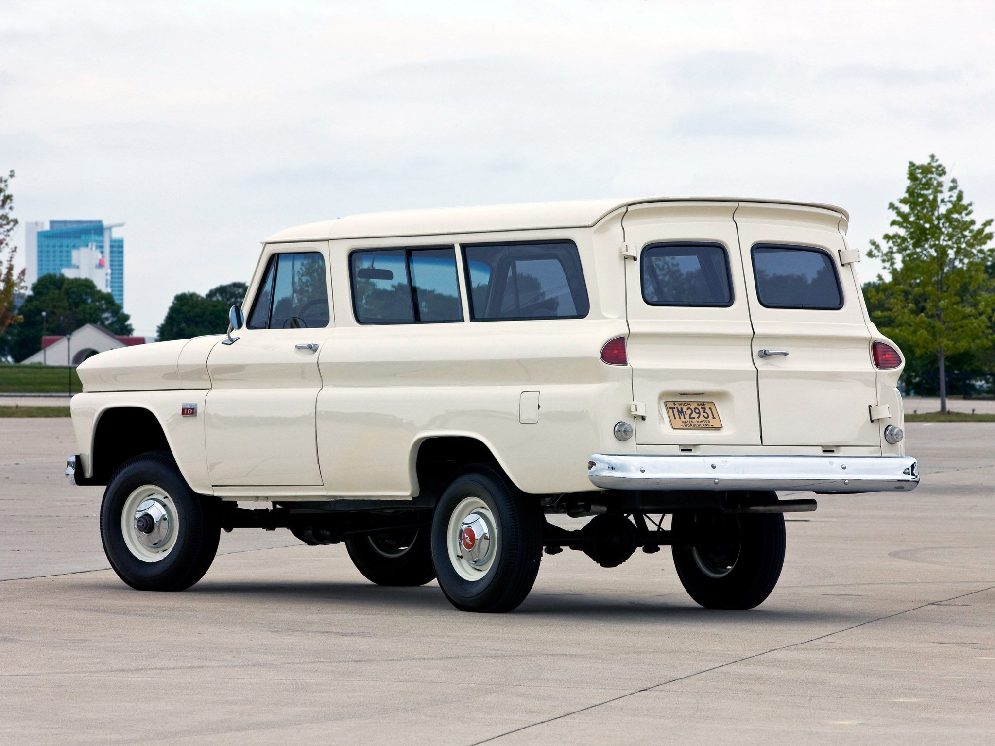 1965 Chevrolet Suburban. So good. Maintenance of old vehicles: the ...