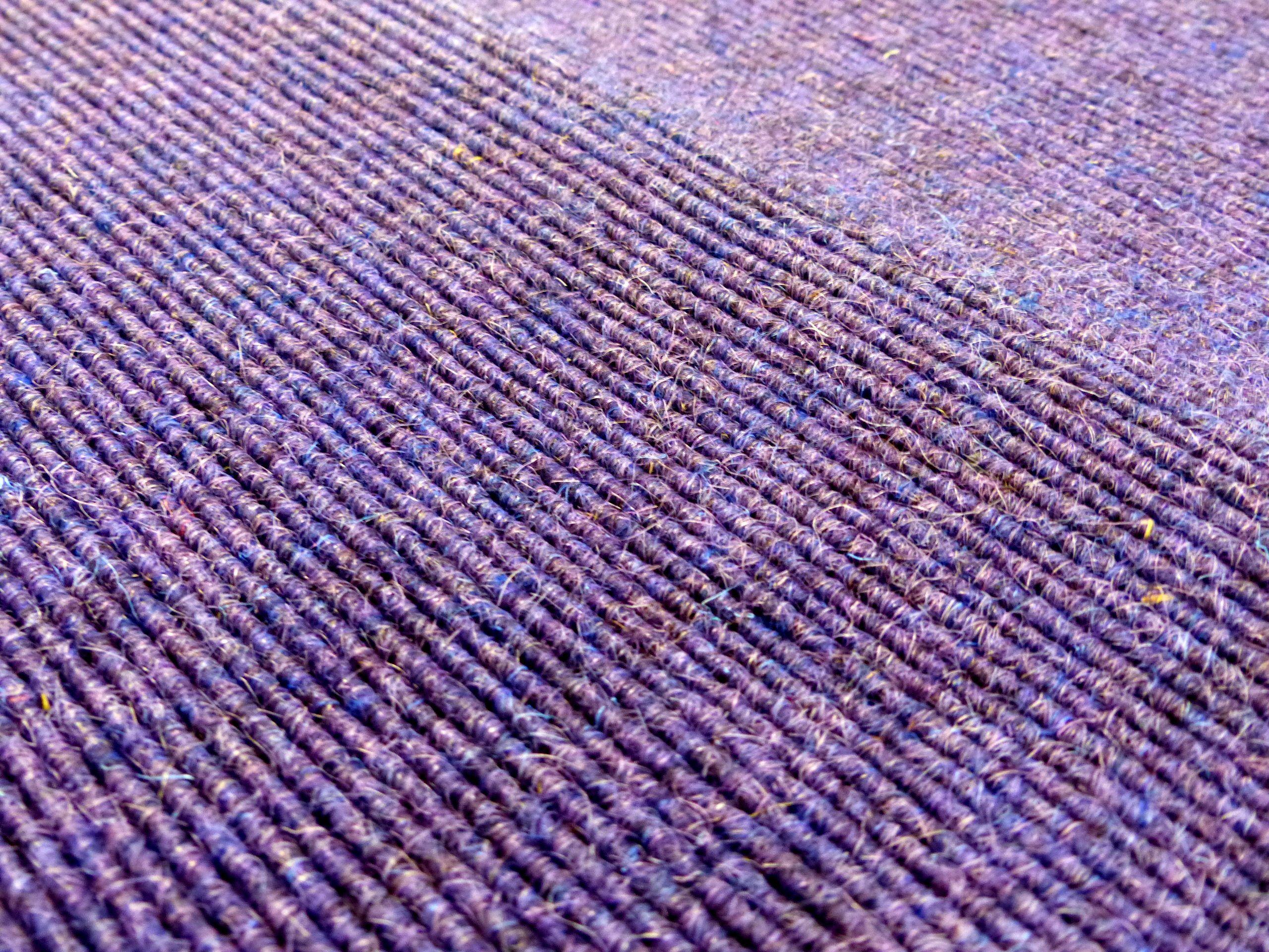 Violett Purple Lila Tretford Teppich Aus 80 Ziegenhaar Alpaka Und 20 Schurwolle Wolle Schönerboden Natürlicherbode Bodenbelag Teppich Raumausstatter