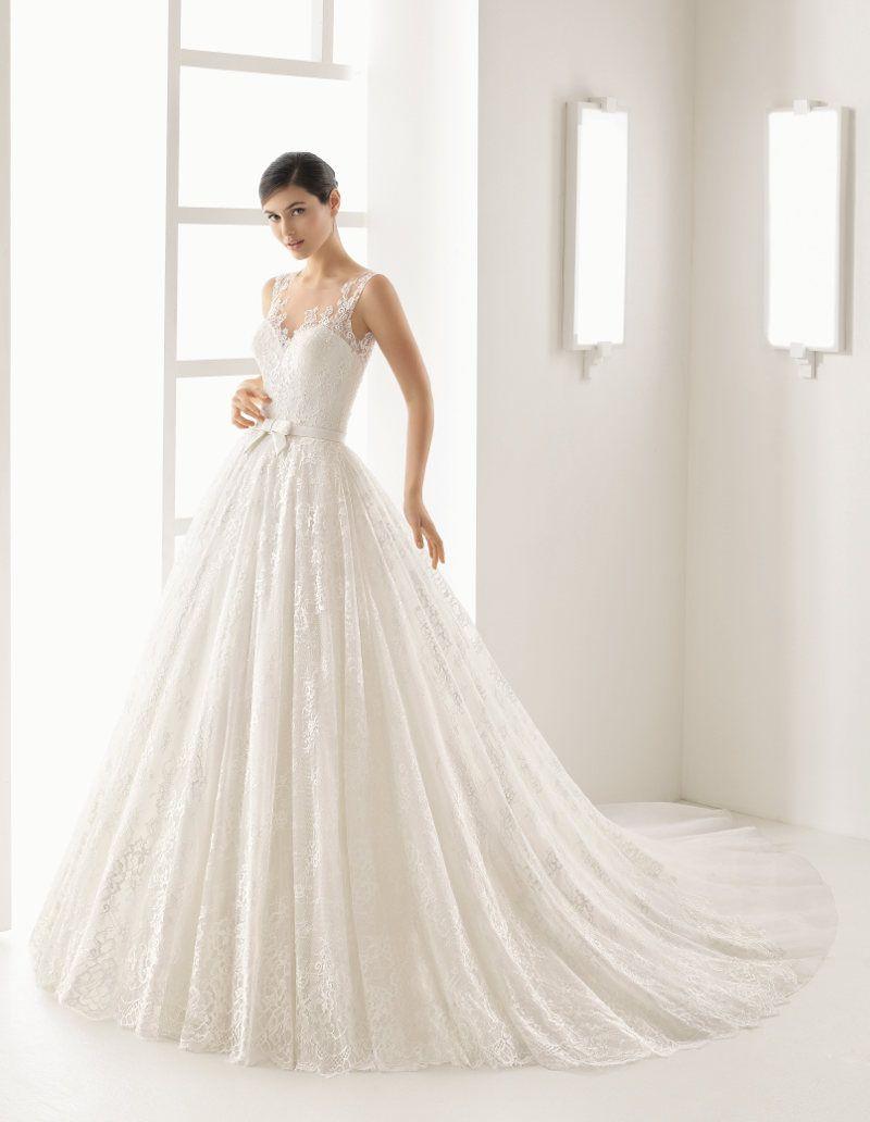 Jetzt bei crusz: Dein Prinzessin Brautkleid von @rosaclara Mehr Infos unter http://crusz.de Foto: Rosa Clara