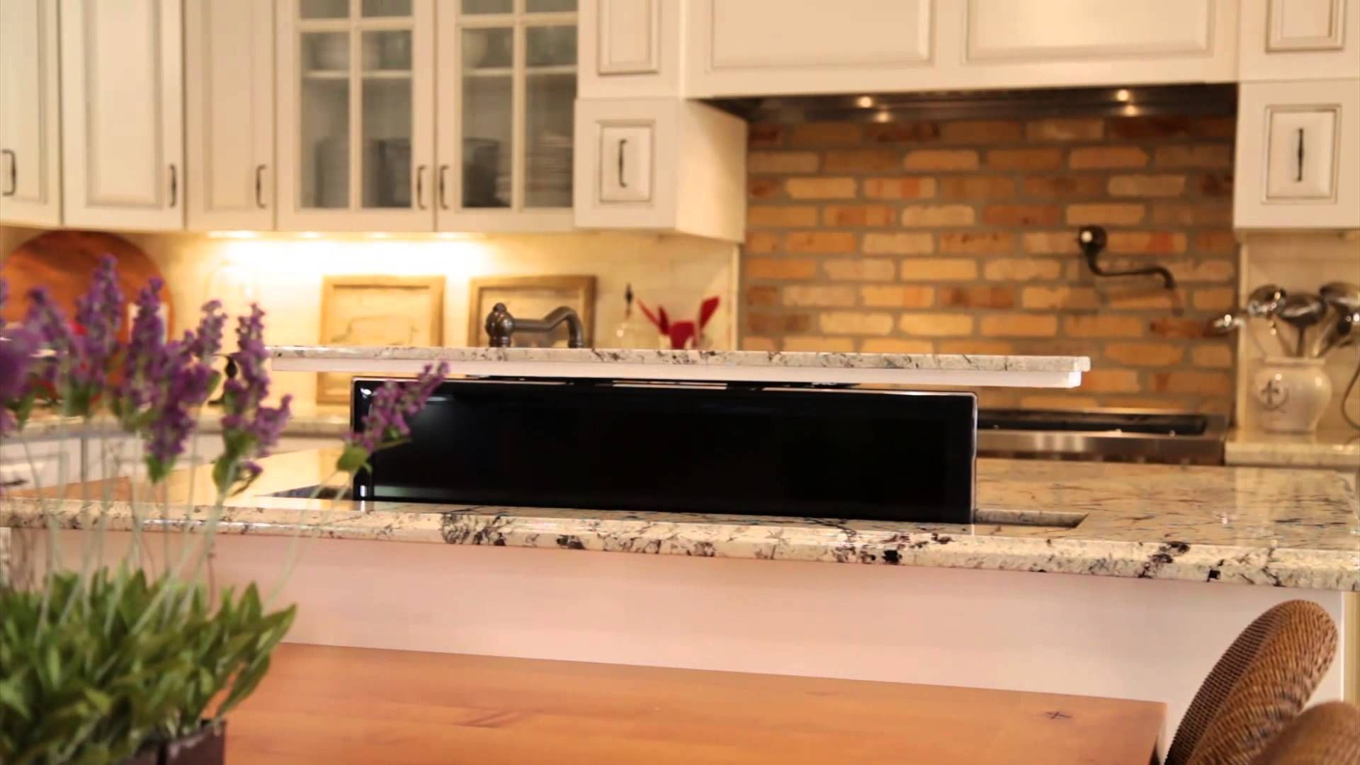 Kitchen Island Pop Up Tv Lift Youtube Tv In Kitchen Country