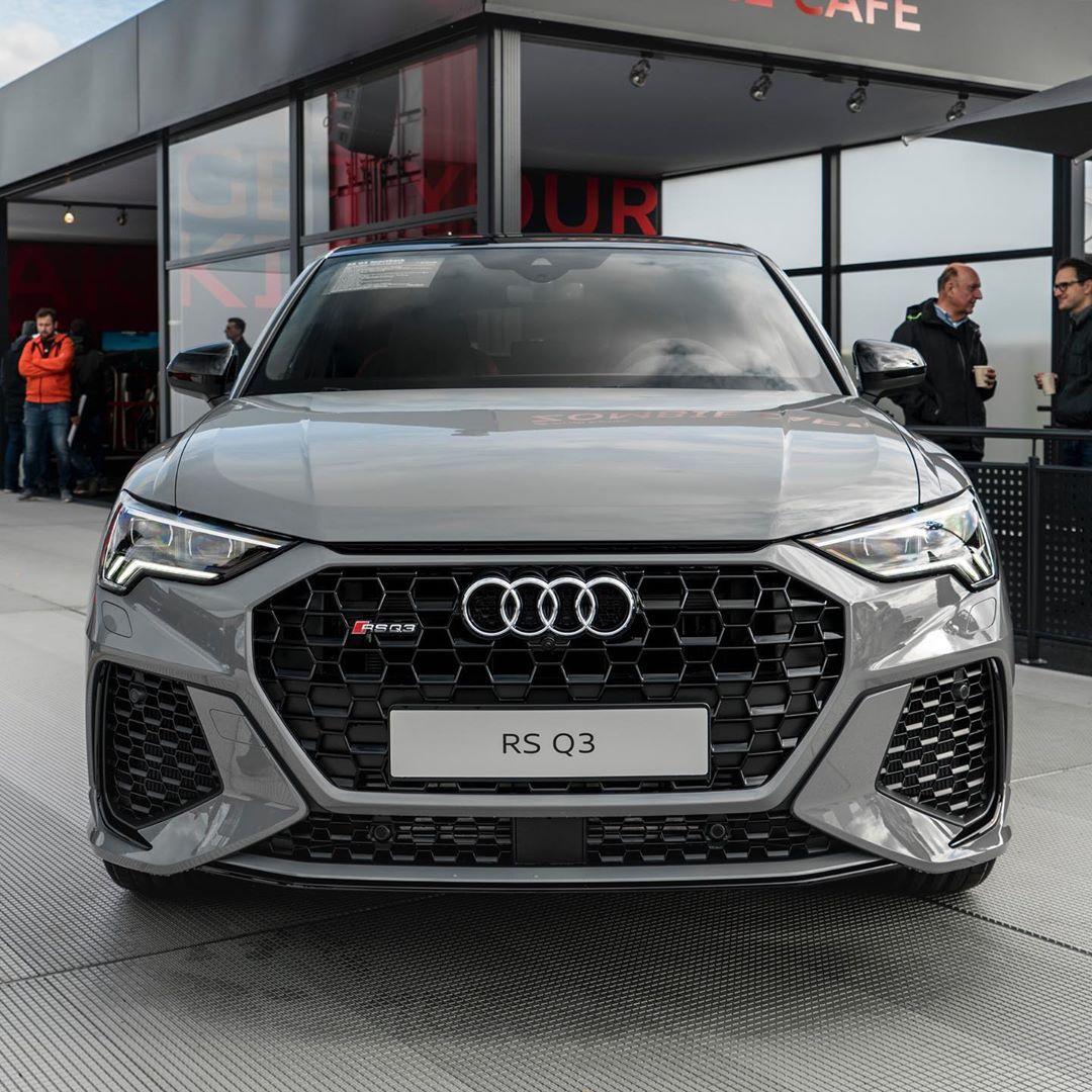 Werbung Der Neue Audi Rsq3 Sportback Audisportdriversclub