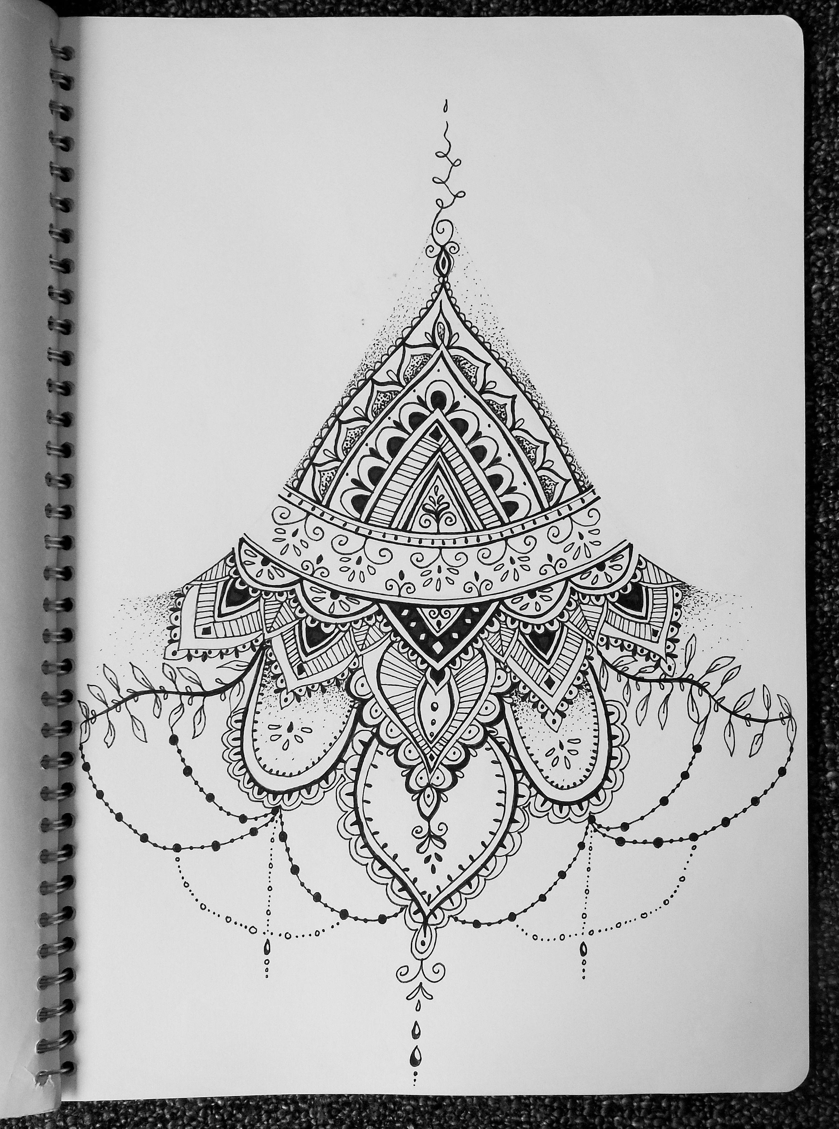Henna Tattoo Designs Under Breast: Floral Lotus Mandala Henna Indian Zentangle Sternum Under