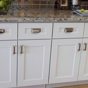 White shaker doors for kitchen cabinets httpfreedirectoryweb white shaker doors for kitchen cabinets planetlyrics Image collections