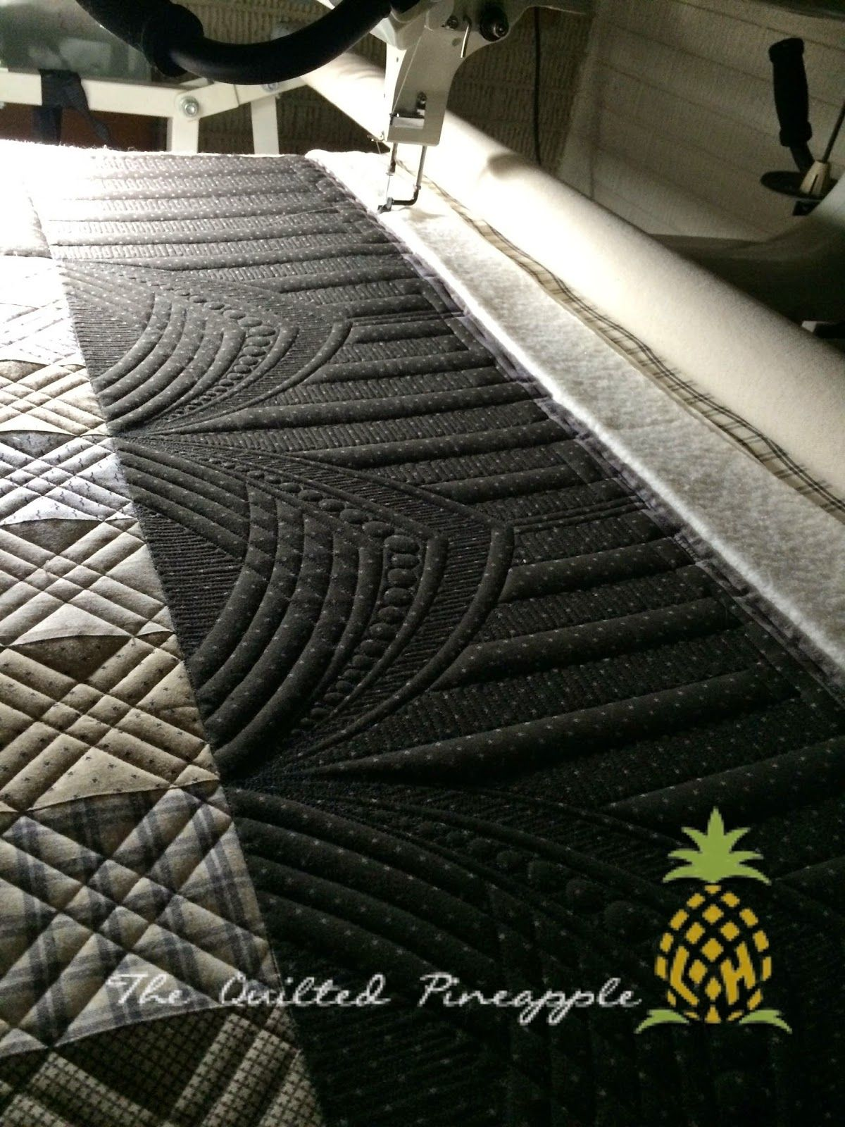 the quilted pineapple anchor point quilted by linda hrcka quilts