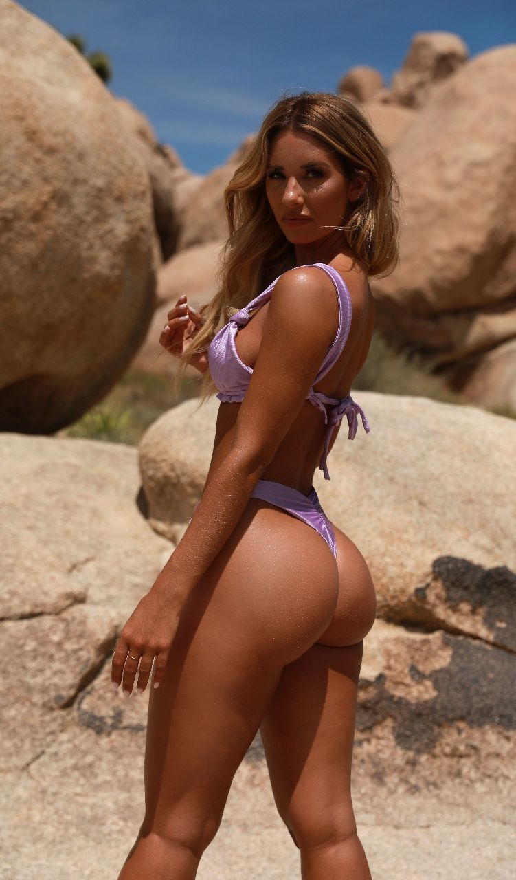 Beautiful thong bikini models