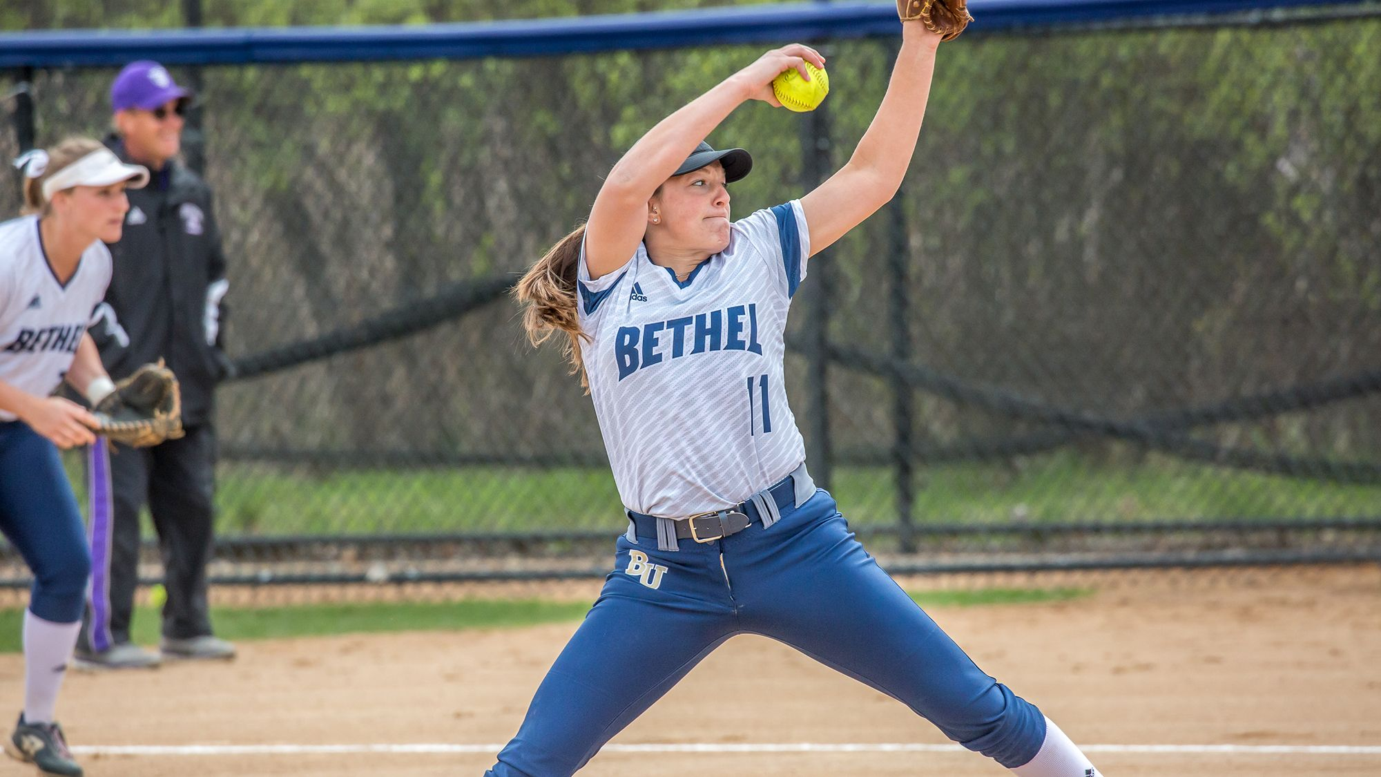 Bethel University S Softball Program Is Excited To Welcome Five Professional Players From The National Pro Fastpi Softball Camp Girls Softball Softball Mom
