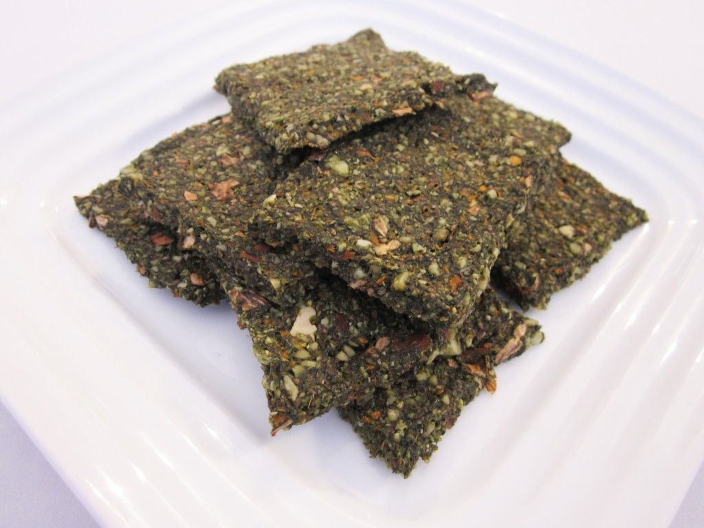 Green Chia Nut Crackers Recipe - I love to put lots of veggies in my crackers.. These have those and Almonds, Walnuts and Cha seeds. These green crackers are so tasty! ..and almost addictive! ~ http://www.robinskey.com/