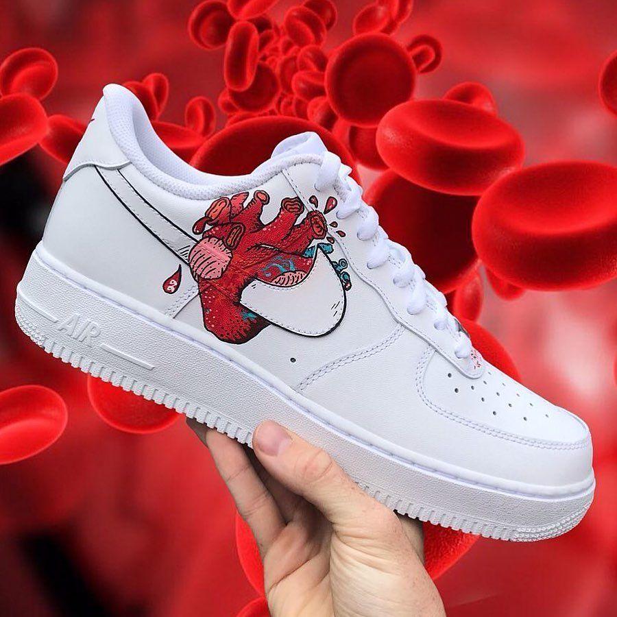 Heart af1s comment your shoe size below
