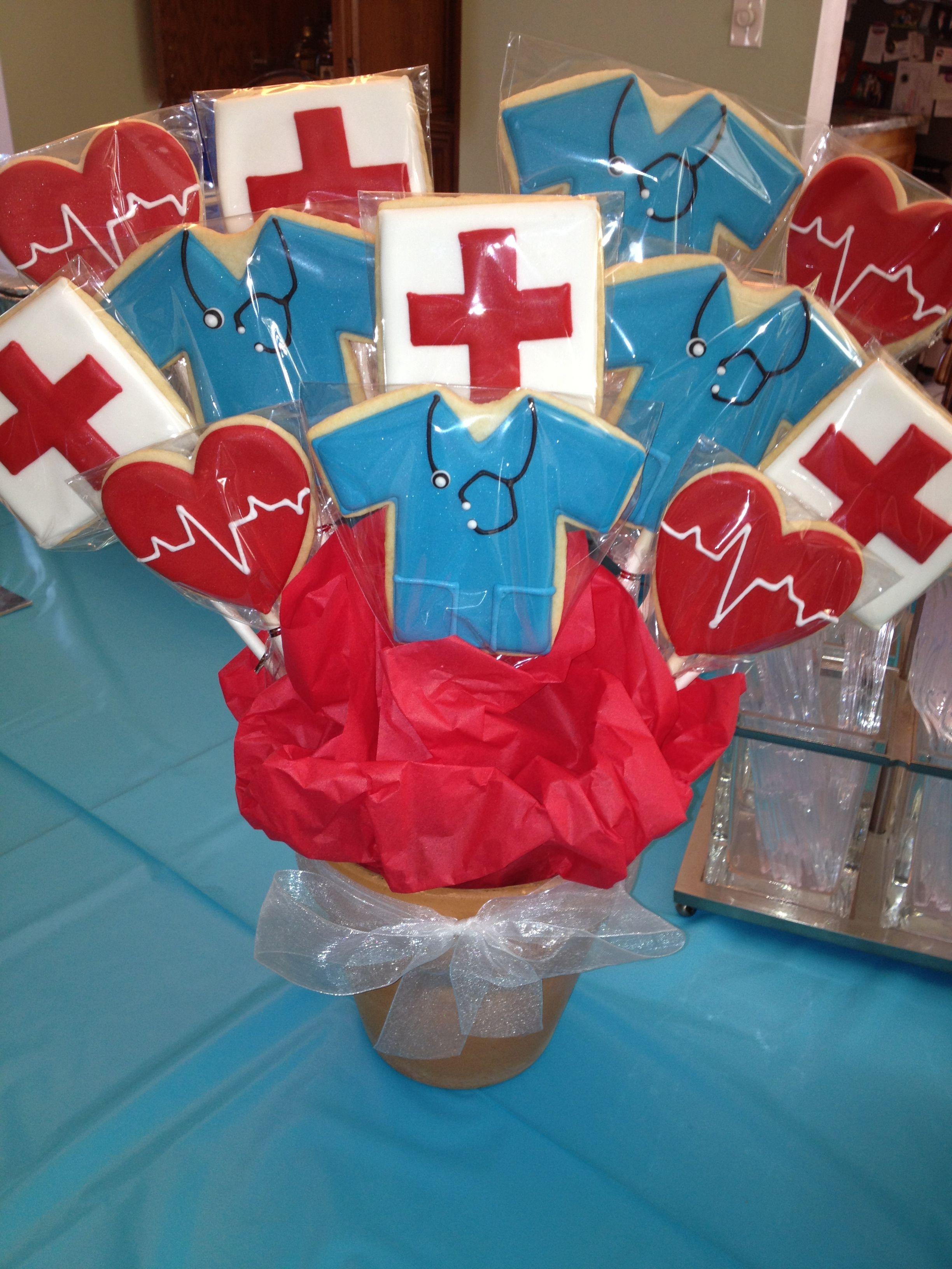 Nursing school graduation: cookie bouquet | Graduation | Pinterest ...