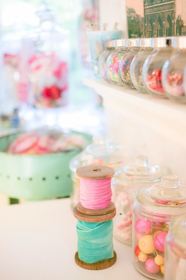 mixed+sizes+of+jars+to+be+used+as+craft+storage 24 Creative Craft Room Storage Ideas