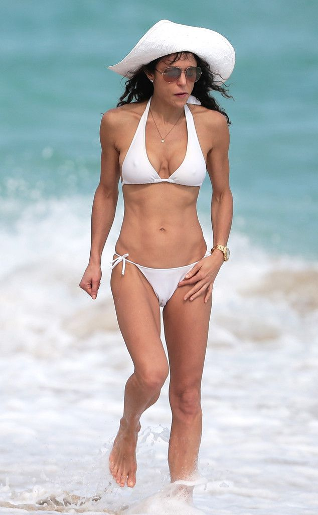 Bethenny frankels bikini body is enough to turn heads bethenny bethenny frankel flaunts bikini body in miami assures real housewives of new york will be fandeluxe Choice Image