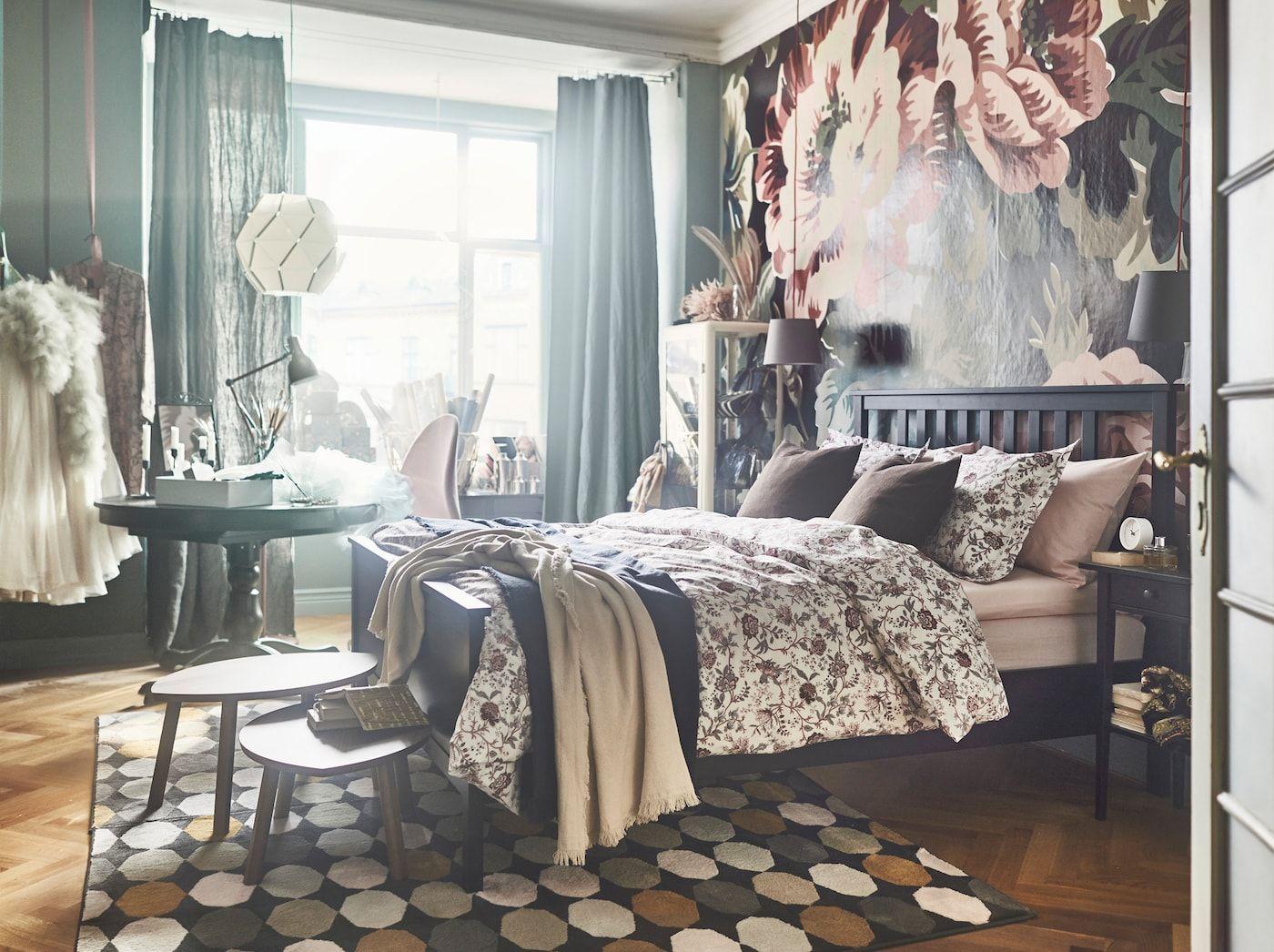 Bunte Schlafzimmereinrichtung Fur Fruhlingsgefuhle Schlafzimmer Einrichten Ikea Schlafzimmer Und Bett Mobel