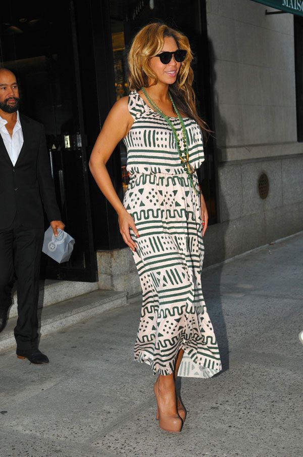 Beyonce http://www.thelooksforless.nl/budget-looks-beyonce-style/