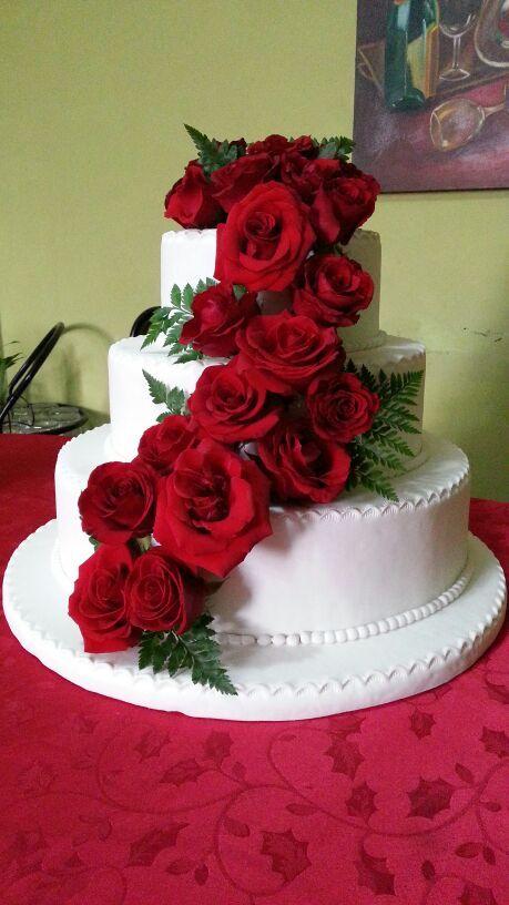 Torta De Matrimonio Con Flores Naturales Mossyta Reposteria Casera