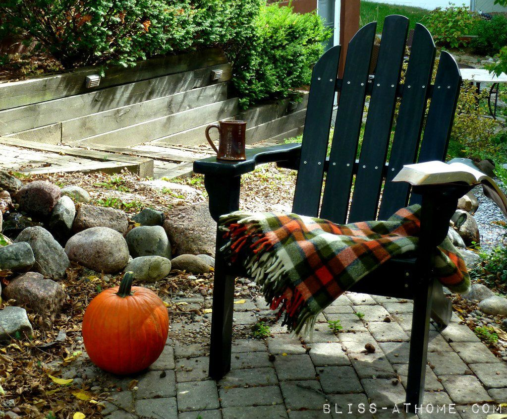 Outdoor Fall Inspiration Autumn - Halloween House Decorating Ideas Outside