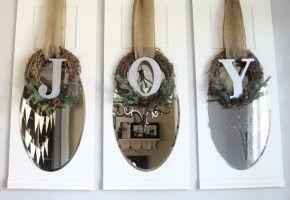 #DIY Joy wreaths for #Christmas on iheartnaptime.net by Shanty2Chic