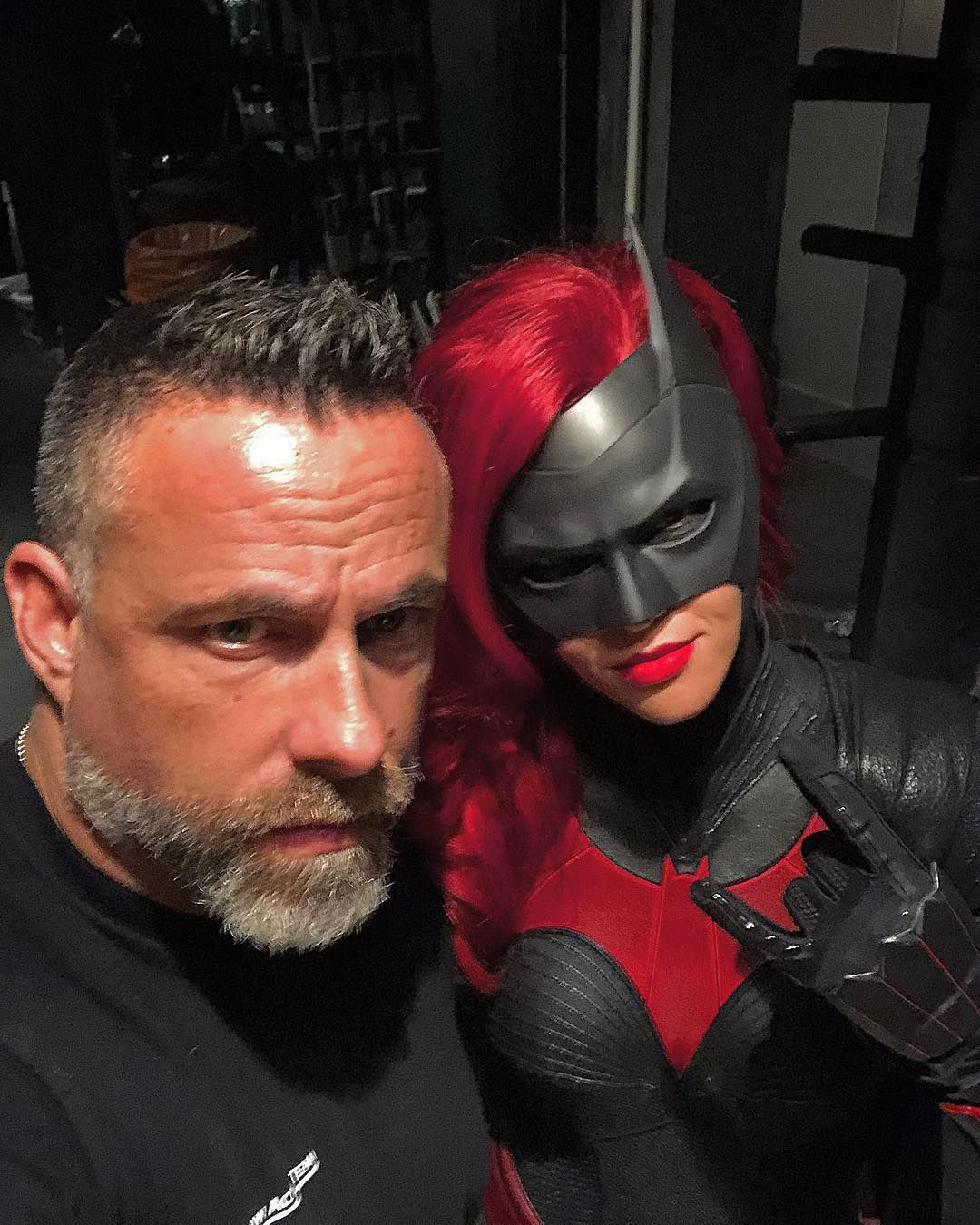 As filming continues on the Elseworlds crossover for The CW