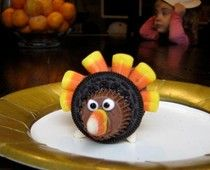 Turkey Cookies...Easy Thanksgiving Kids Crafts