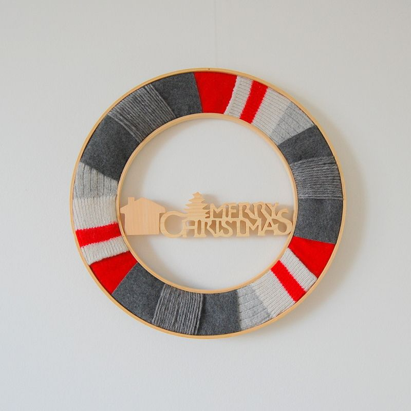 Here are 5 unique Christmas wreath ideas that range from classic Christmas to more creative and fun ways to celebrate the season. Wreaths are a great way to