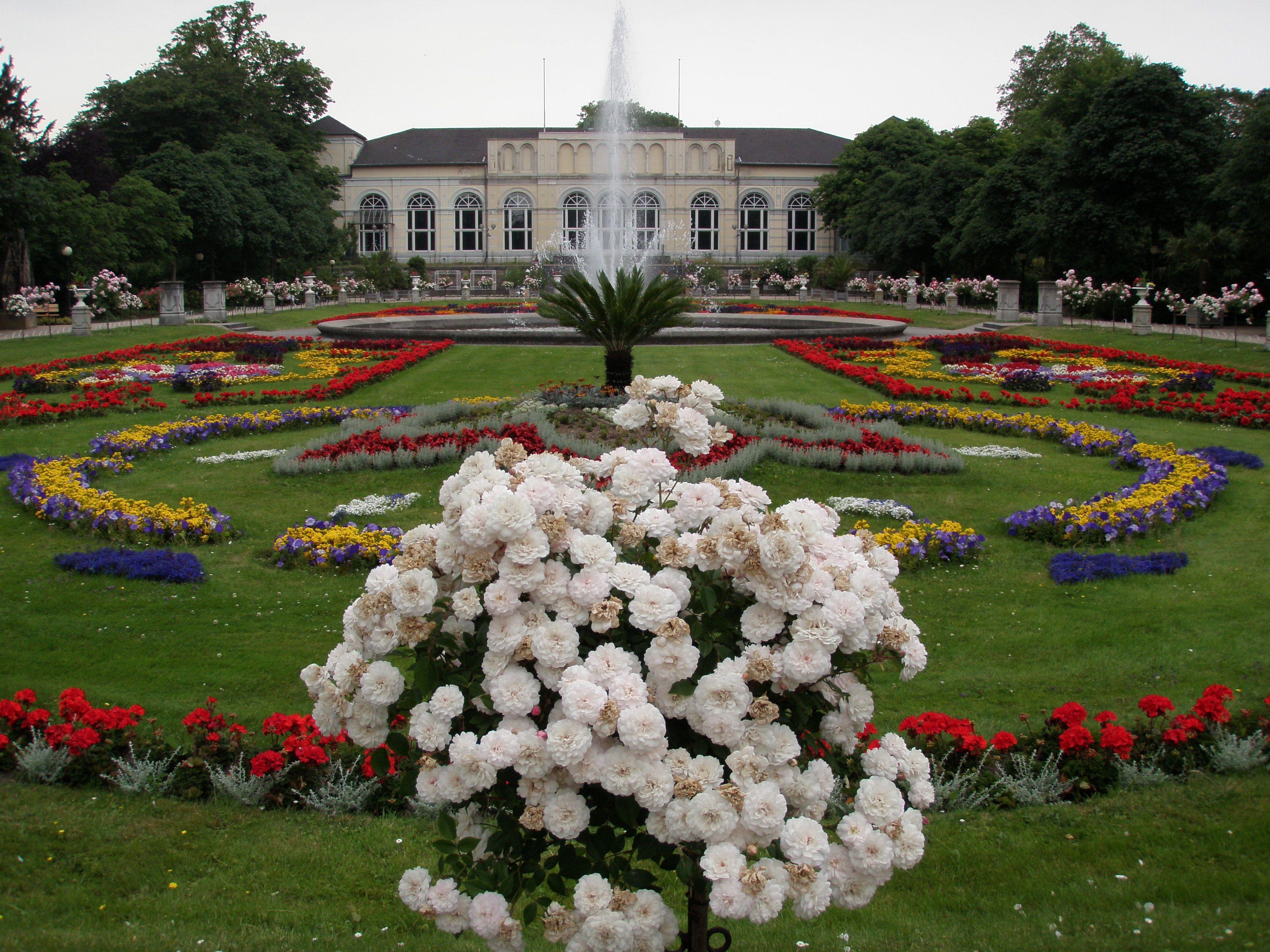 Flora Und Botanischer Garten Koln Botanic Garden In Cologne Thousand Wonders Botanical Gardens Public Garden Europe Trip Planner