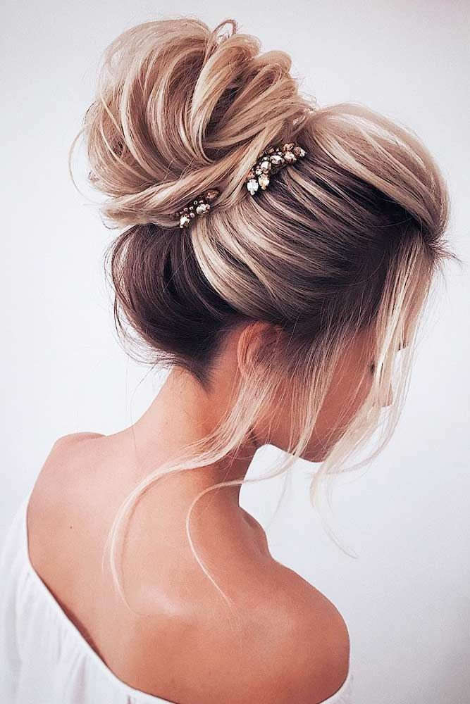 40 Dreamy Homecoming Hairstyles Fit For A Queen Medium Hair Styles Hair Styles Homecoming Hairstyles