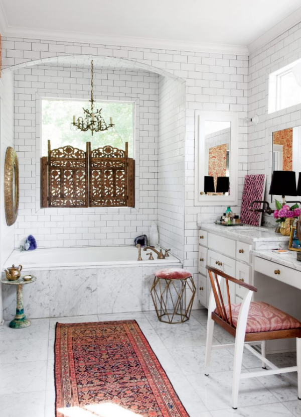 22 Eclectic Ideas Of Bathroom Wall Decor: House Tour: Glamour In Nashville X Peirce & Ward