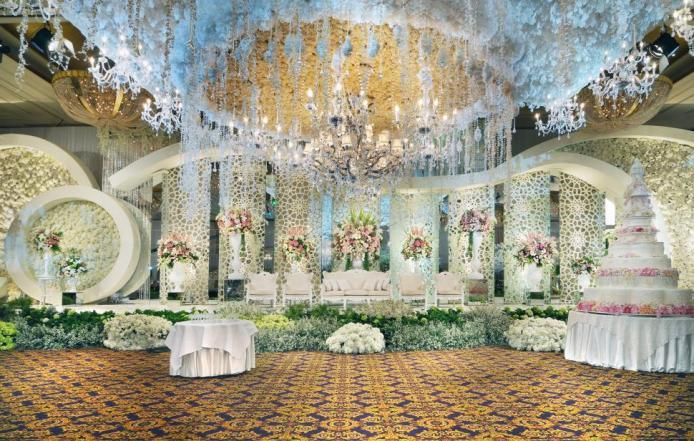 Lotus design at bridestory weddingideas weddinginspiration getting married in jakarta here are our picks for top rated decorators who will help bring your dream wedding to become reality junglespirit Images