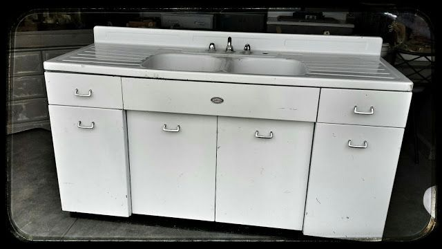 6 Foot Old White Metal Sink With Metal Cabinet Metal Kitchen Cabinets Metal Sink Metal Kitchen