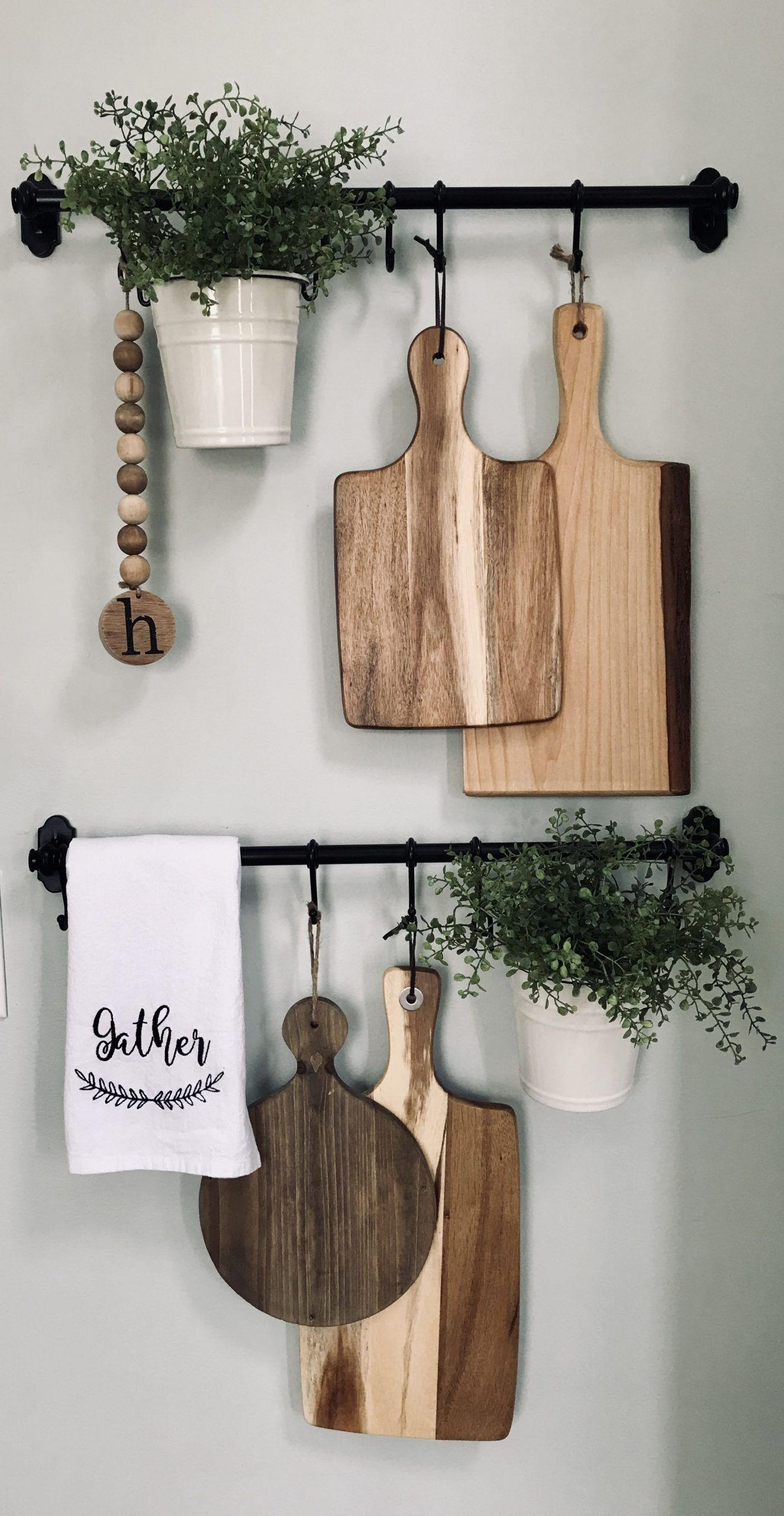Farmhouse style decor for small kitchen/dining wall en 15