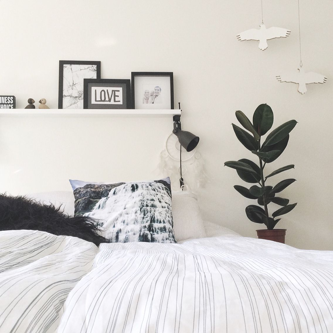 Bed Without Headboard, Make