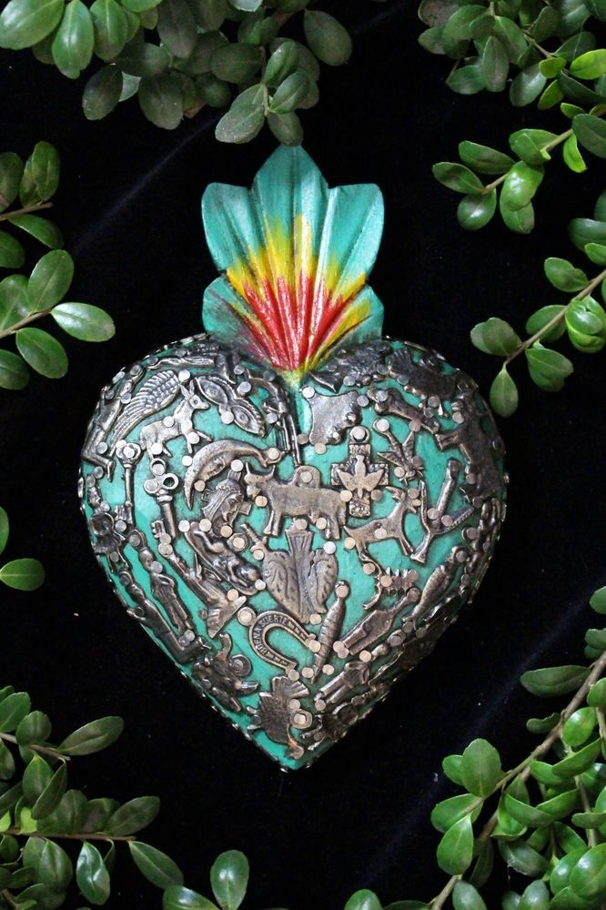Green Sacred Heart Wood Milagro covered, Folk Art Michoacán Mexico, Love Token